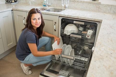 Pri kúpe umývačky nezabúdajte na tieto faktory