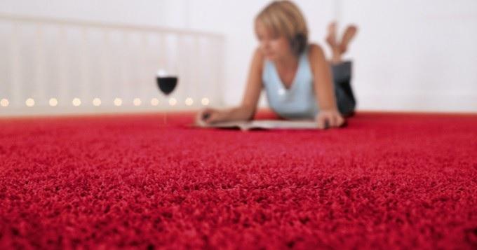 Je moja sedačka či koberec vhodná na hĺbkové tepovanie mokrou cestou?